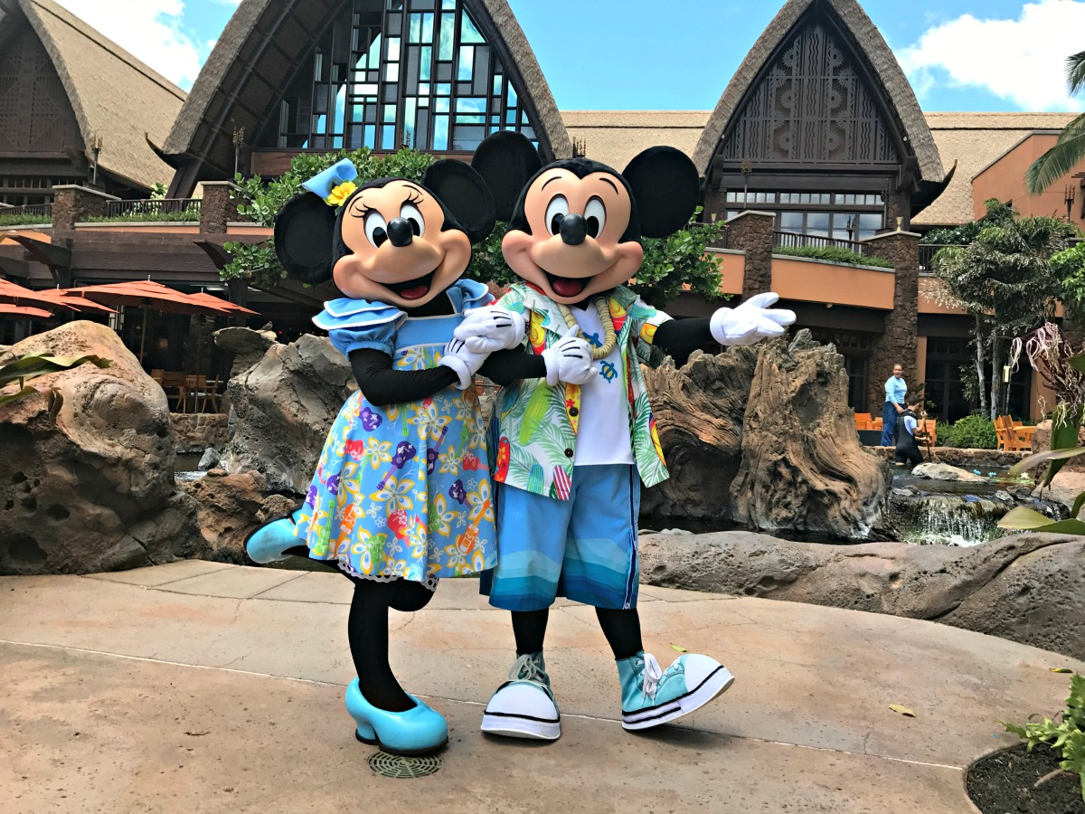 Phone Number Locator >> Tips for meeting characters at Disney's Aulani - Between Us Parents